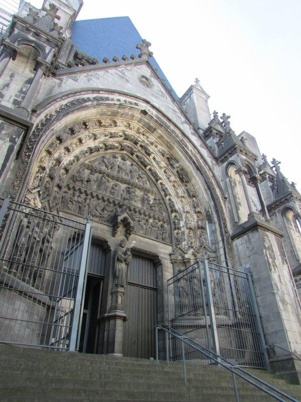 la cathedrale notre dame de treille