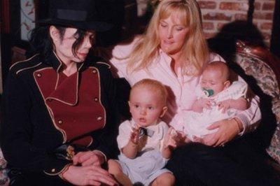 La relation entre Michael et Debbie Rowe!