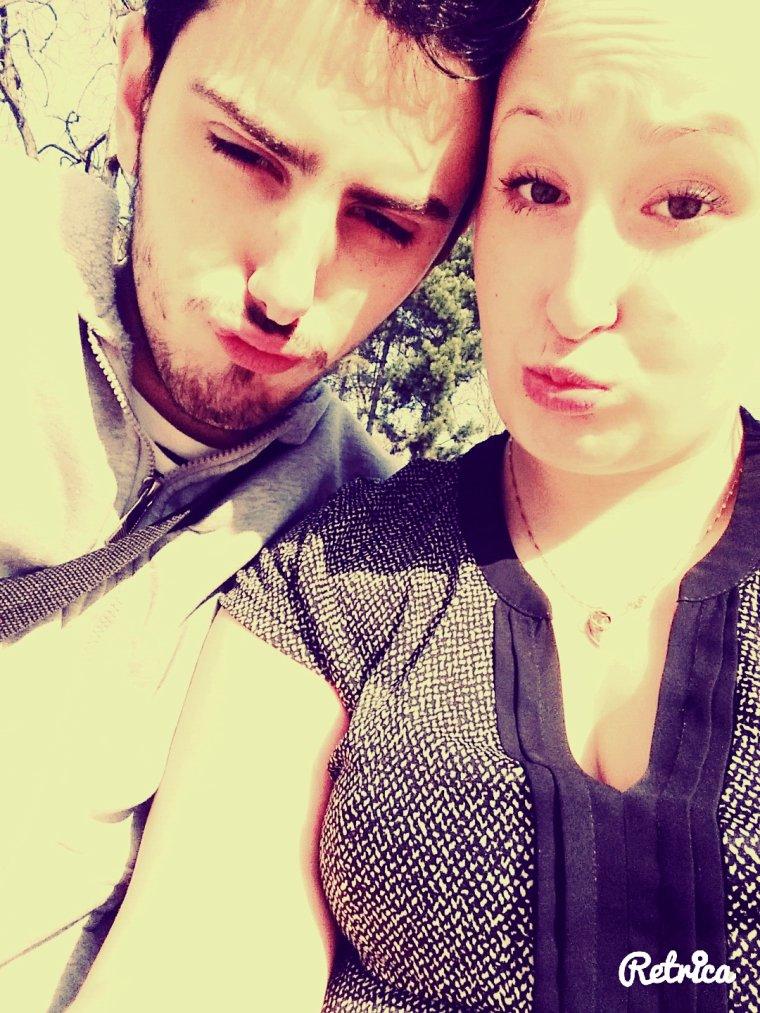 Mon amour que j'aime plus que tout. 2 mois avec toi et c'est juste le commencement. 💞💍