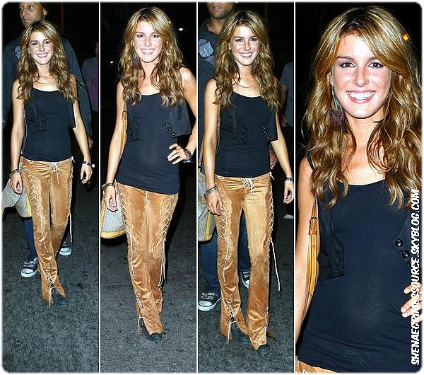 """______  ______• 27 Août 2008  • ______Shenae était présente à l'événement """" RADAR Entertainment's Pepsi 500 Hosted By Pharrell & Jeff Gordon """"  ______"""