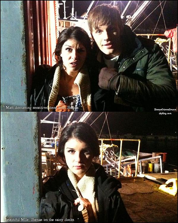 ______  ______• 2 Mars 2011 • ______Shenae & les cast de 90210 était sur le set de 90210 pour tournée une scène du dernier épisode de la saison 3 ______