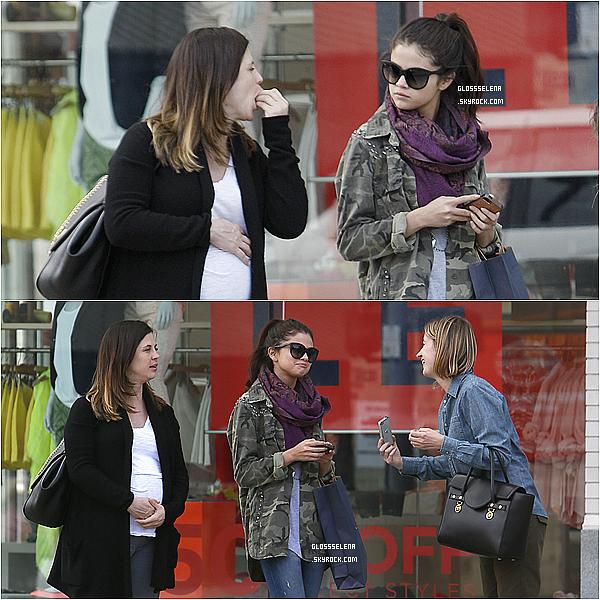26 AVRIL 2013 - Selena dans les rues de Los Angeles puis allant à un cours de danse avec ses amies.