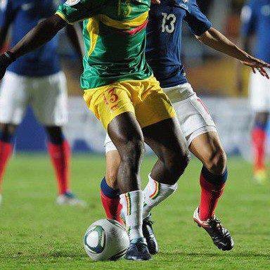 Coulibaly Ibrahim Kader international Malien Milieu de terrain tres bon joueur