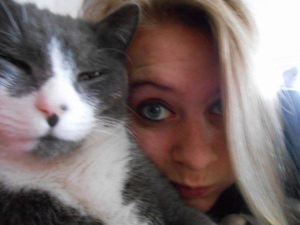 Un amour de chat ! :3