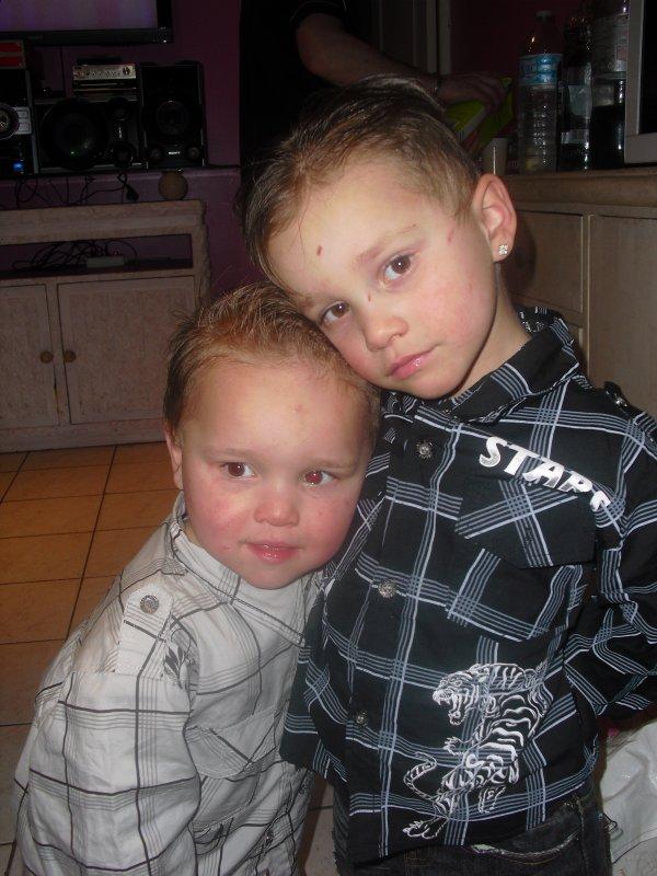 mes deux fils jenzo et alphonziano
