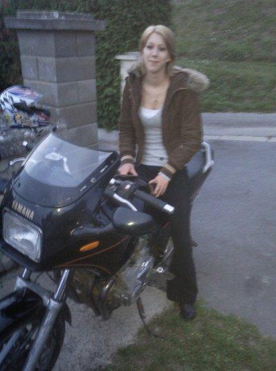 moi sur la moto de mon ex