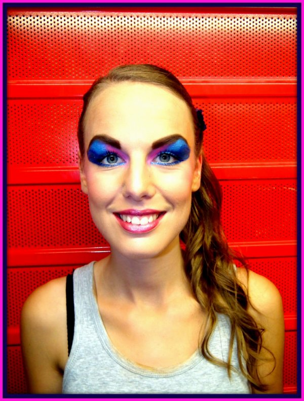 Make up théâtre by me