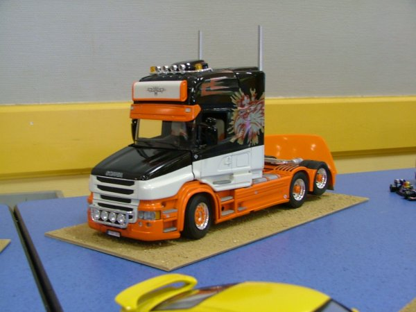 deux superbes camions