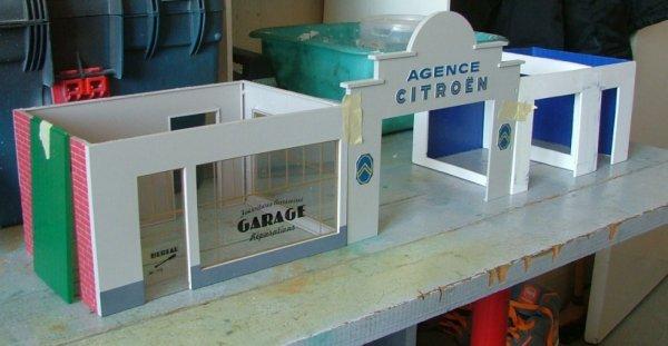 construction d/un garage au 1/43 éme