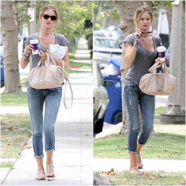 7 Juillet 2011 - Rosie est allée se prendre un café à West Hollywood.