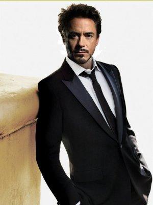 Tony Stark VS Bruce Wayne