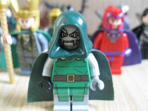 Lego et Super Héros