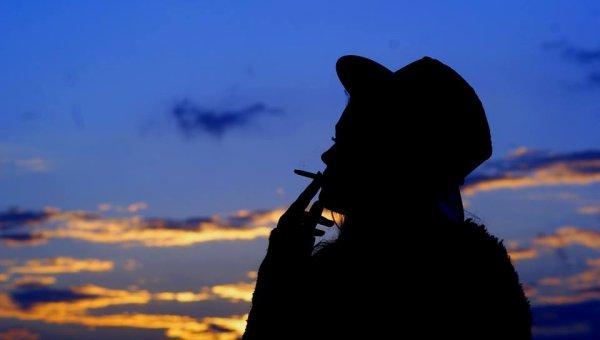 << Tu dis que tu aimes la pluie mais tu utilise un parapluie quand il pleut. Tu dis que tu aimes le soleil mais tu cherches l'ombre quand il brille. Tu dis que tu aimes le vent mais tu fermes la fenêtre quand il souffle. C'est pourquoi j'ai peur lorsque tu dis que tu m'aimes.. >> # Bob Marley