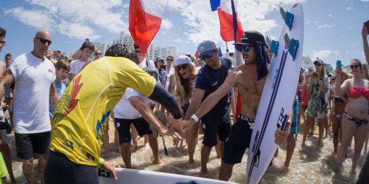 La France sacrée championne du monde de surf à Biarritz