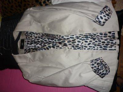 Blazer beige H&M  intérieur imprimé léopard taille 36