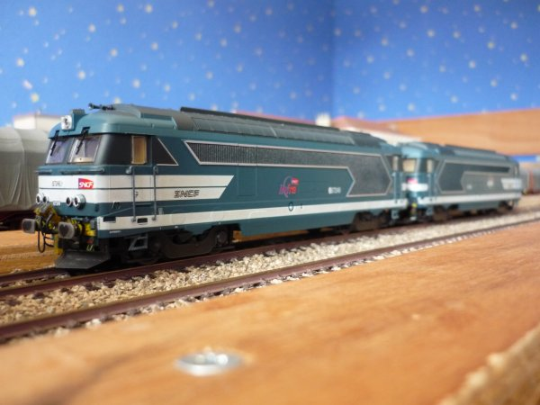 UM de secours TGV BB 67248 + BB 67249 rivarossi,