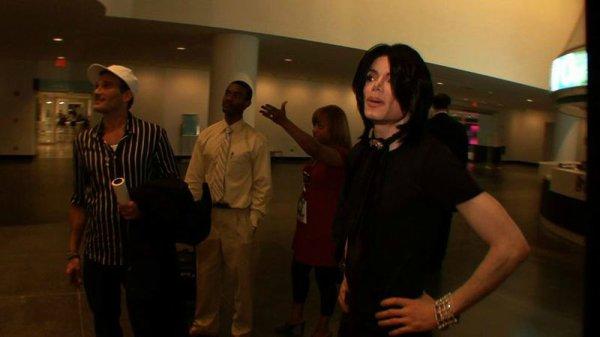 2014 ....un documentaire sur les dernières scéances photos de Michael....alors patience et en attendant voici quelques extraits...