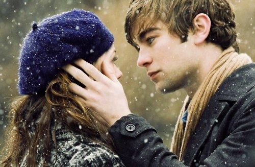 """""""Parfois, ce qu'on désire est devant soi. Il suffit juste d'ouvrir les yeux pour le voir""""  Meg Cabot"""