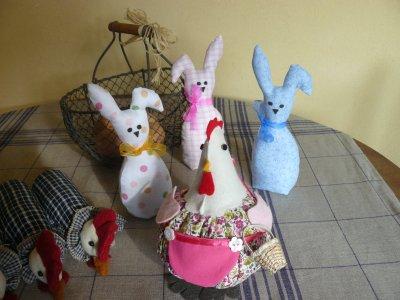 """mes ptites """"bestiolles"""""""" bientot pâques!!! petits lapins et grosse poule dodue"""