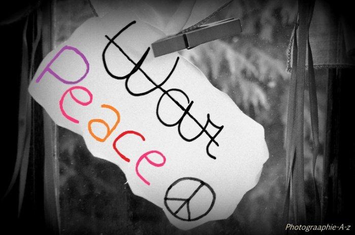 « La paix est un rêve suspendu. »