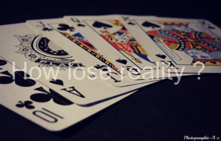 « Le poker est un jeu passionnant permettant de perdre son argent, son temps et ses amis. »
