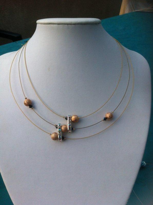 Collier 3fils perles or