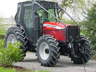 tracteur forestier massey ferguson