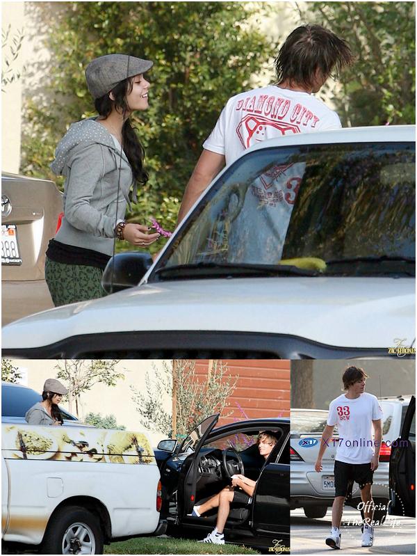 © Official-TheRealLife™  03/11/2007  ※  Zac et Vanessa aperçue dans les rues de Los Angeles.  _