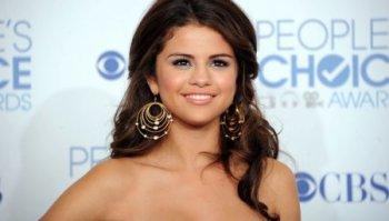 Selena Gomez souffre en amoure !!
