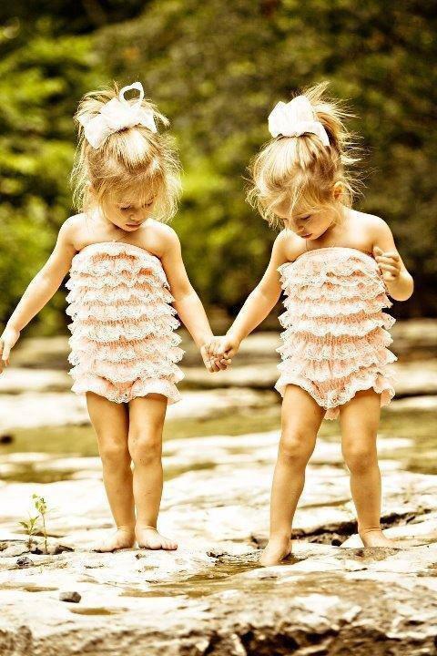"""""""Parce que une soeur,restera toujours une soeur(♥)!"""""""