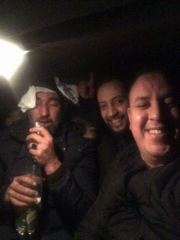 une bonne nuit amicale avec mes potes Wafi § Radouan