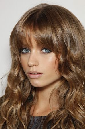 Manequin: (1) Abbey lee kershaw
