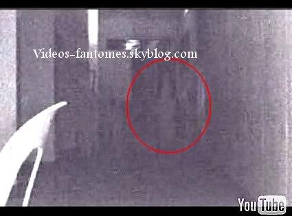 Un fantôme pris au hasard Durée : 1 min 42 Lieu : Dortoir de Sainte Louise, Philippines Année :  19 Novembre 2005 Type : Amateur