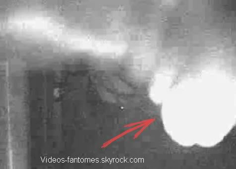 La chambre hantée Durée : 25 sec Lieu : États-Unis Année :  2007 Type : Amateur