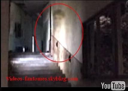 Fantôme dans une maison abandonnée Durée : 44 sec Lieu : Japon Année :  2006 Type : Professionel