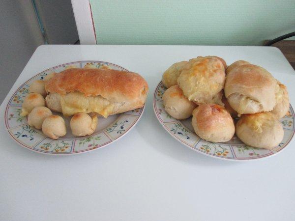 pain au fromage fait maison hier matin ^^