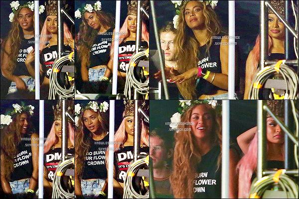 _ 19/04/15 : Beyonce G. Knowles a été vu arrivant seul au « Coachella Valley Music And Arts Festival ».Elle a été vu en bonne compagnie puisque barbie Nicki Minaj étais aussi, présent avec elle. Les deux femmes ont l'air de s'amuser ! -