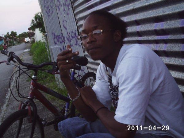 DJ RITCH-AIIE