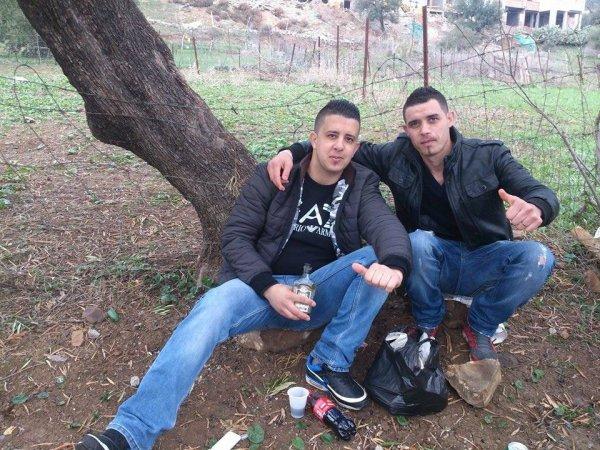 moi et kamel et amar avec la perielle photo lool belle journée passé avec vous mes amis
