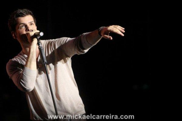 Mickael Carreira: Revista VIDAS