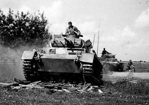 La blitzkrieg « guerre éclair »