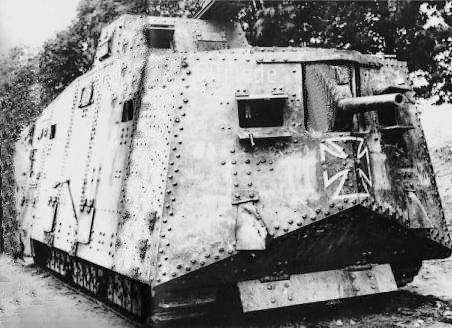 SturmpanzerKraftwagen A7V ( Engin d assaut Blindé )