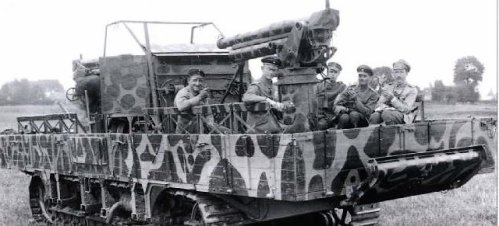 SturmpanzerKraftwagen A7V ( Engin d assaut Blindé )