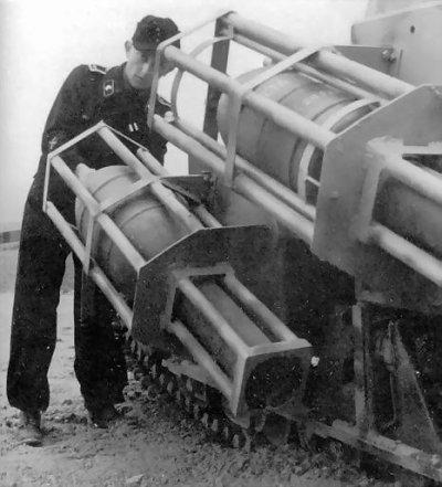 Baukommando Becker réalisations sur chassis de Renault UE