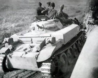 PANZER II (F) SDKFZ 122 (suite )