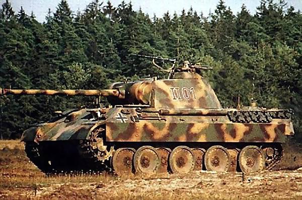 livrées et camouflages des matériels terrestres Allemands de 1905 a 1945  ( suite )