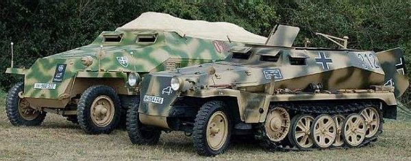 Schutzenpanzerwagen Sonderkraftahrzeug 251 ( Sd.Kfz. 251 )