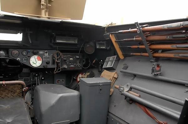LE SD.KFZ. 251 AUF.A