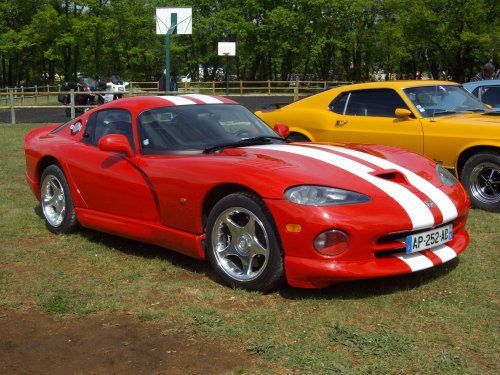 Dodge viper .