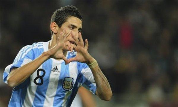 UN DEUX TROIIS ... VIVA ARGENTINA